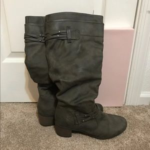 White Mountain Gray Knee High Boots Size 8